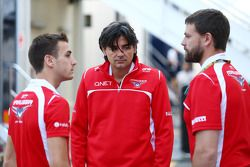 (L to R): Jules Bianchi, Marussia F1 Team MR03 with Francesco Nenci, Marussia F1 Team Race Engineer and Paul Davison, Marussia F1 Head of Vehicle Performance