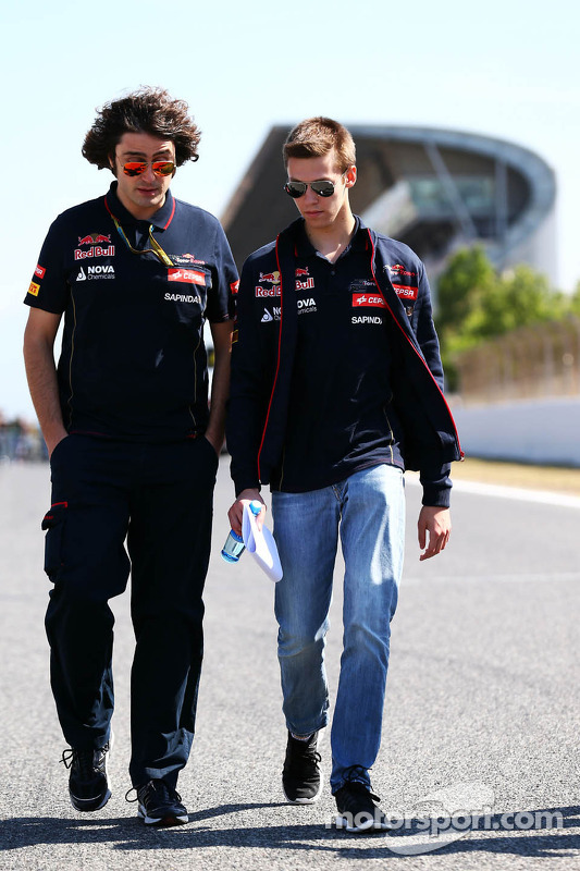 Trackwalk: Daniil Kvyat, Scuderia Toro Rosso; Marco Matassa, Scuderia Toro Rosso, Renningenieur