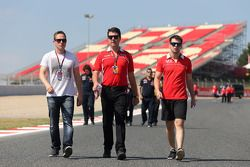 Adam Carroll, and Dave O'Neill, Marussia F1 Team Manager