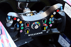 Williams FW36 : volant