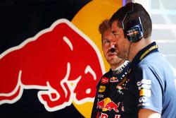Sebastian Vettel, Red Bull Racing con Guillaume Rocquelin, Red Bull Racing ingeniero