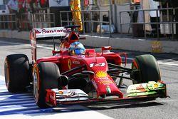 Fernando Alonso, Ferrari F14-T, mit FlowViz-Farbe