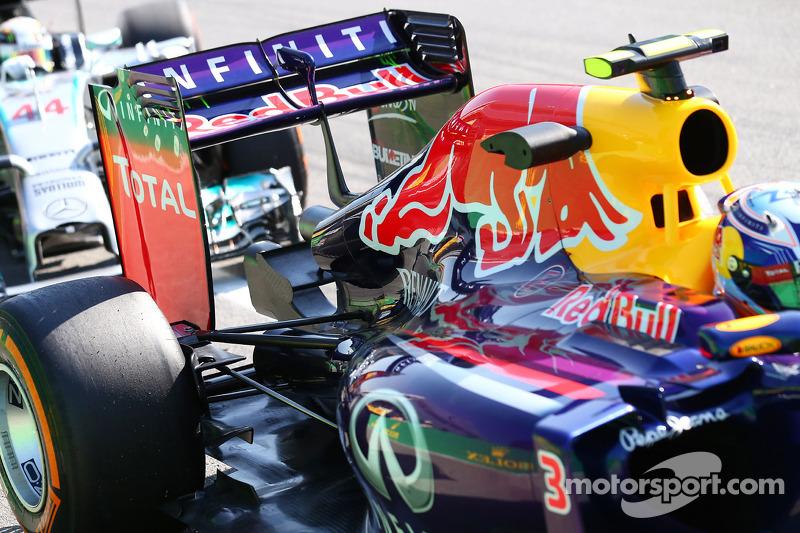 Daniel Ricciardo, Red Bull Racing RB10 arka kanat