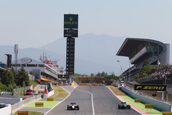 (Esquerda para direita): Max Chilton, Marussia F1 Team MR03, e Marcus Ericsson, Caterham CT05