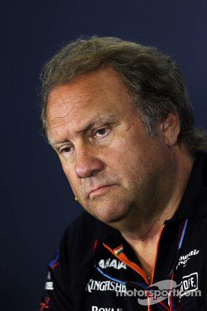Robert Fernley lors de la conférence de presse FIA