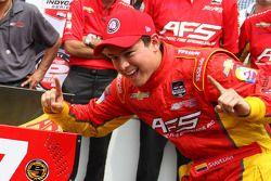 L'autore della pole Sebastian Saavedra del team KV Racing Technology Chevrolet