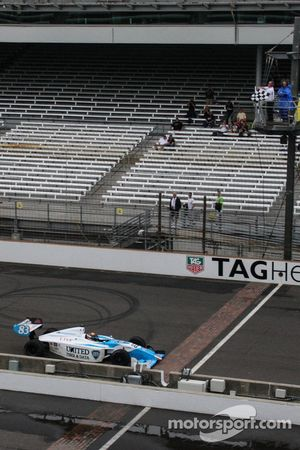 Matthew Brabham galibiyete ulaşıyor