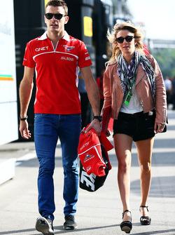 Jules Bianchi, Marussia F1 Team, mit Freundin Camille Marchetti