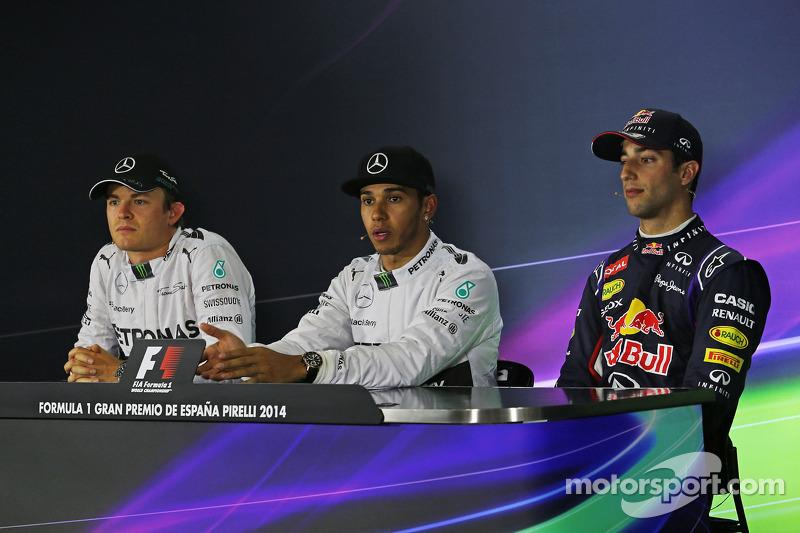 Los tres primeros calificados en la Conferencia de prensa de la FIA: Nico Rosberg, de Mercedes AMG F