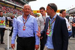 Ron Dennis, Presidente Ejecutivo de McLaren en la parrilla