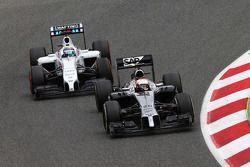 Kevin Magnussen, McLaren MP4-29 leads Felipe Massa, Williams FW36