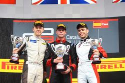 Race winner Dean Stoneman, second place Matheo Tuscher, third place Dino Zamparelli