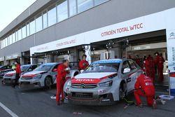 Yvan Muller, Citroen C-Elysee WTCC, Citroen Total WTCC and Jose Maria Lopez, Citroen C-Elysee WTCC,