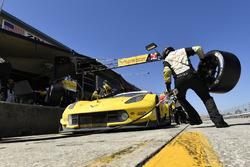 Пит-стоп: Антонио Гарсия, Ян Магнуссен, Майк Роккенфеллер, Corvette Racing, Chevrolet Corvette C7.R (№3)