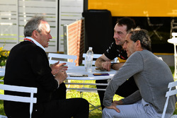 Jerome Stoll, Director of Renault Sport F1 and Alain Prost, Renault Sport F1 Team Special Advisor