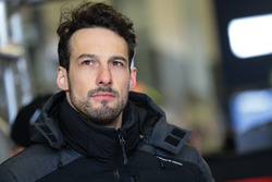 #31 Frikadelli Racing Team Porsche GT3 R: Felipe Fernandez Laser