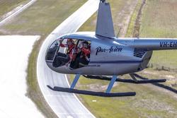 Fabian Coulthard, DJR Team Penske Ford, Michael Caruso, Nissan Motorsport Nissan