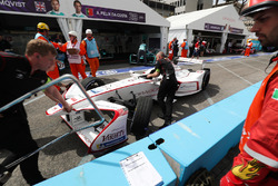 Jose Maria Lopez, Dragon Racing, pushed back into the garage after the pit lane crash with Antonio Felix da Costa, Andretti Formula E Team
