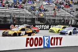 Erik Jones, Joe Gibbs Racing, Toyota Camry DeWalt leads