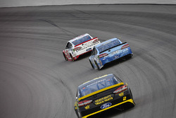 Ryan Blaney, Team Penske, Ford Fusion REV Group, Kevin Harvick, Stewart-Haas Racing, Ford Fusion Busch Light, Brad Keselowski, Team Penske, Ford Fusion Alliance Truck Parts