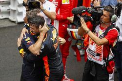 Race winner Daniel Ricciardo, Red Bull Racing, and Christian Horner, Team Principal, Red Bull Racing, celebrate in Parc Ferme
