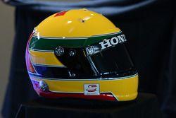 Simon Pagenaud Ayrton Senna homenaje casco