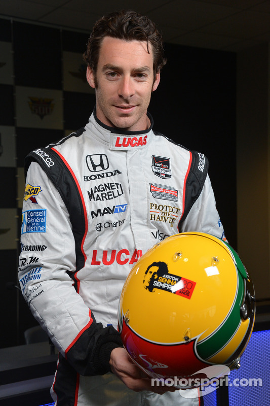 Simon Pagenaud e o capacete de Ayrton Senna tributo