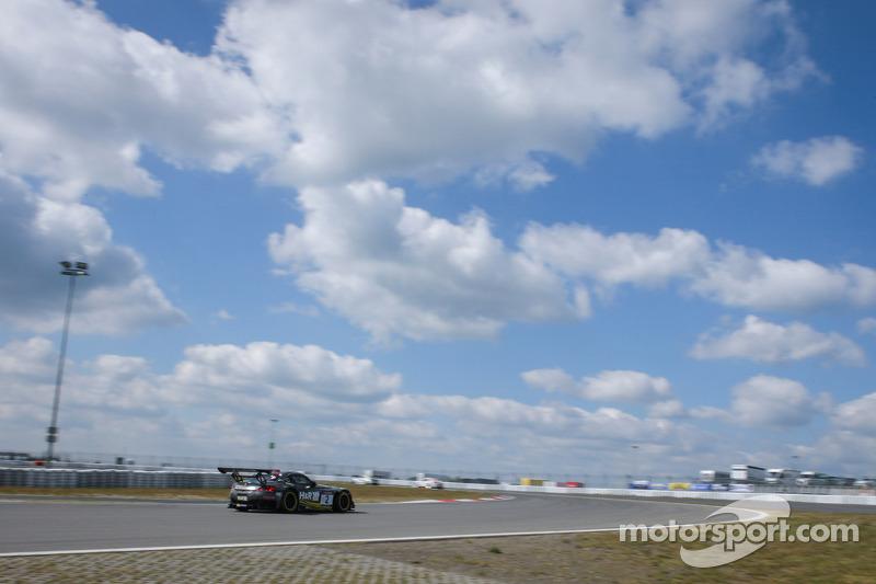 Uwe Alzen, Philipp Wlazik, Yelmer Buurman, Uwe Alzen Automotive, BMW Z4 GT3
