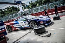 #73 SMP Racing 法拉利 F458 Italia GT3: 奥利维尔·贝雷塔, 大卫·马尔科佐夫, 安通·拉德金