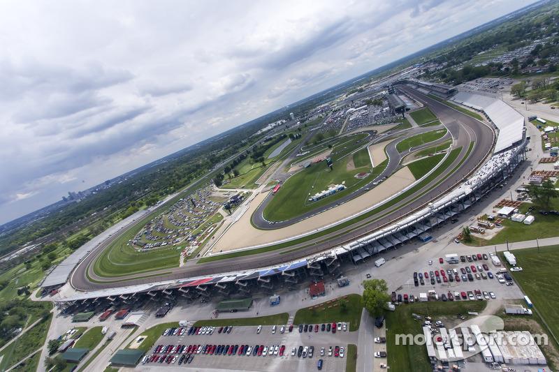 В июне 2005-го Формула 1 в шестой раз в истории приехала на дорожную трассу «Индианаполис Мотор Спидвей»