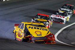 遇到问题,Joey Logano, Penske福特车队