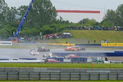 Timo Scheider, Audi Sport Team Phoenix, Audi RS 5 DTM, face à Jamie Green, Audi Sport Team Rosberg,