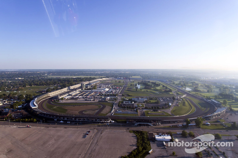 Vista dell'Indianapolis Motor Speedway dall'elicottero di Kurt Busch
