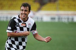 فرناندو ألونسو، فيراري خلال مباراة كرة قدم خيريّة