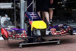 Red Bull Racing RB10 asa dianteira
