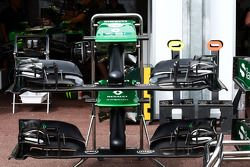 Caterham CT05 front wings
