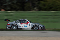 #93 Pro GT by Almeras 保时捷 997 GT3R: 弗兰克·佩雷拉, 卢卡斯·拉塞尔, 埃里克·德尔蒙