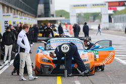 PIXUM Team Schubert 宝马 Z4 GT3
