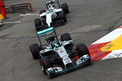Nico Rosberg, Mercedes AMG F1 W05 leads Felipe Massa, Williams FW36