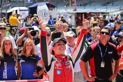Vencedor da corrida Gabby Chaves celebra