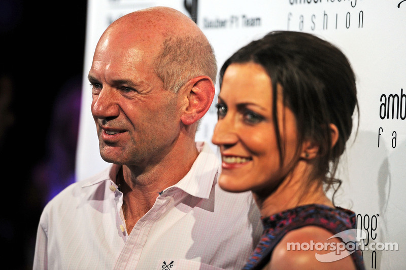 Adrian Newey, Red Bull Racing Chief Technical Officer with his partner Amanda Smerczak at the Amber Lounge Fashion Show