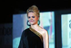 Emilia Pikkarainen, novia de Valtteri Bottas, Williams, en el Amber Lounge Fashion Show