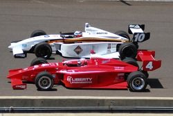 施密特·彼得森车队的胡安·帕布罗·加西亚和贝拉迪车队的阿莱克斯·拜伦