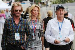 Noel Edmonds, TV主持人, with Nick Mason, Pink Floyd Drummer