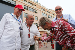 Peter Brabeck-Letmathe; Sir Philip Green, Arcadia Group CEO; Eddie Jordan, BBC; Donald Mackenzie, CV