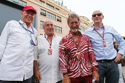 (Soldan Sağa): Peter Brabeck-Letmathe, Formula Bir Başkanı ve Sir Philip Green, Arcadia Grup CEO'su;