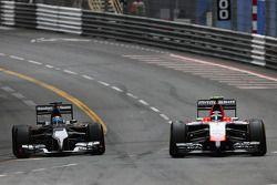 Adrian Sutil, Sauber C33; Max Chilton, Marussia F1 Team MR03
