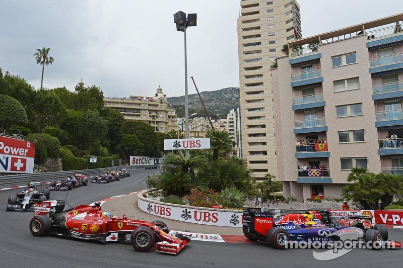 Fernando Alonso, Ferrari F14-T at the start of the race
