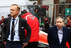 (Da sinistra a destra): Ari Vatanen, Former World Rally Champion e Jean Todt, Presidente FIA sulla