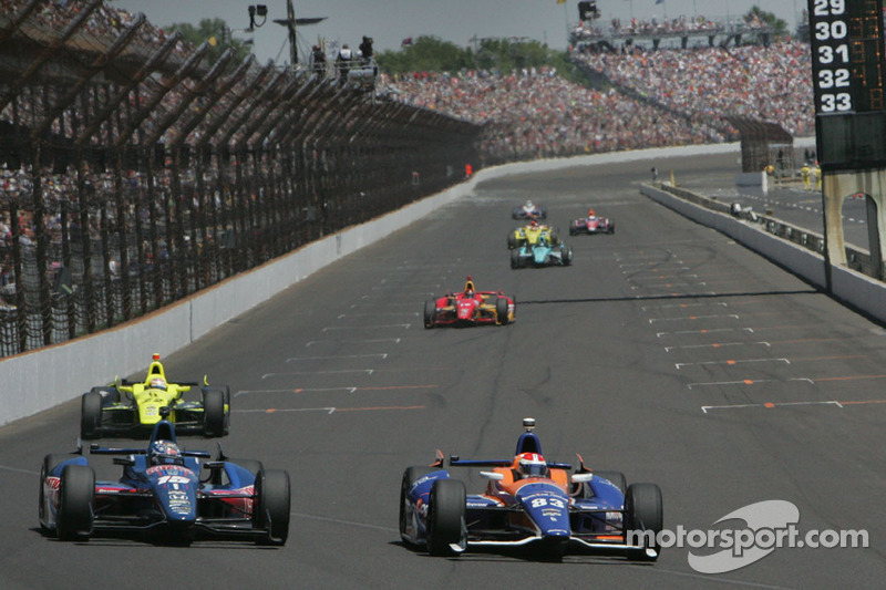 Graham Rahal, Rahal Letterman Racing Honda e Charlie Kimball, Novo Nordisk Chip Ganassi Racing Chevrolet